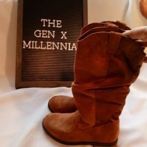 ❎SOLD❎ Girls Brown Slouchy Vegan Mid Calf Boots